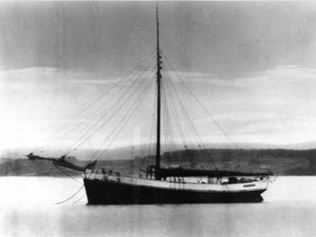 Dyrafjeld, 1913, before re-rigged as ketch